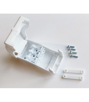 Hvit koblingsboks med quickconnector - 3-pol, strekkavlaster, IP20 innendørs